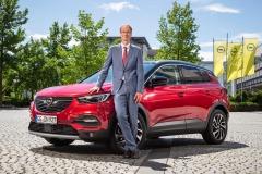 Michael-Lohscheller-Opel-Grandland-X