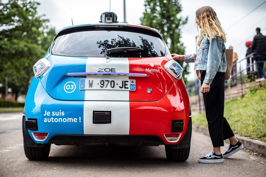 2018 - Rouen Normandy Autonomous Lab – Expérimentation Renault ZOE robot taxi