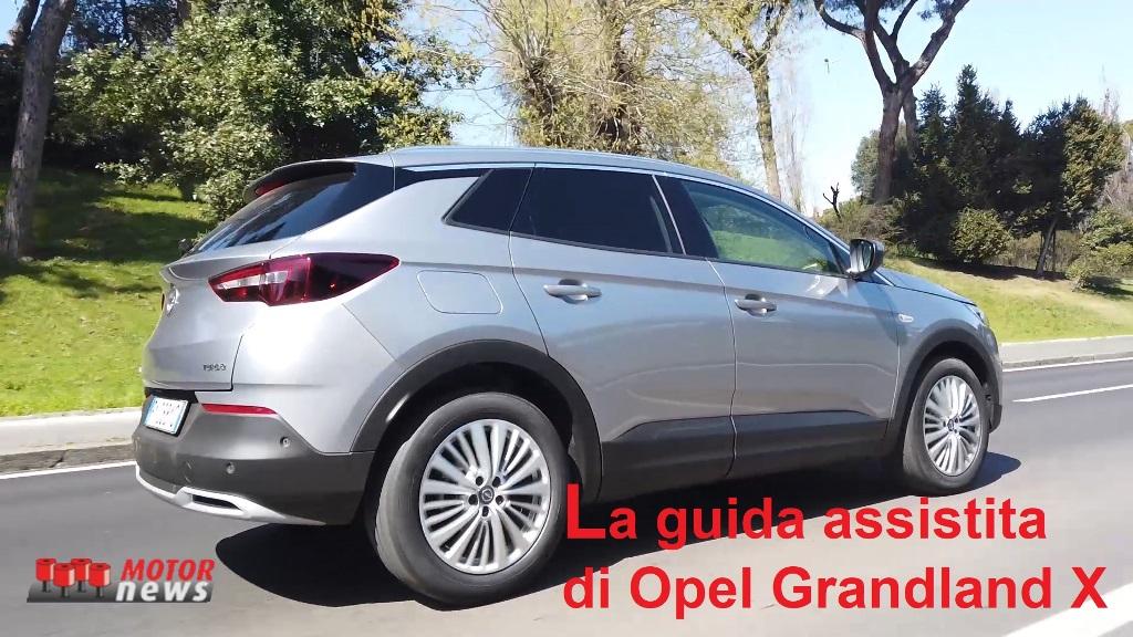 2_opel_grandland_x_sistema_assistenza_guida-Copia