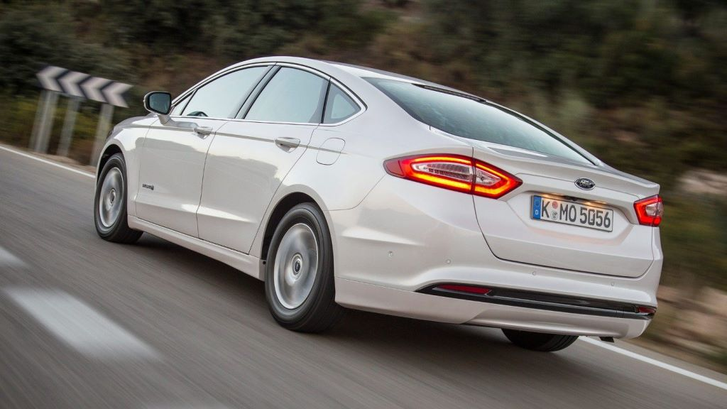 ford_mondeo_hybrid_electric_motor_news_05