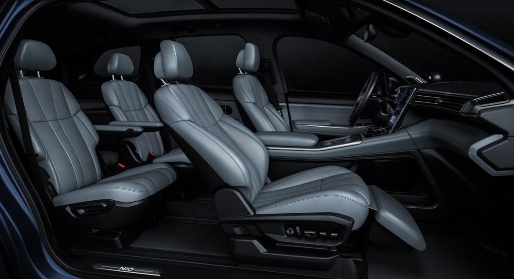 NIO-2020-ES8-lounge-seat
