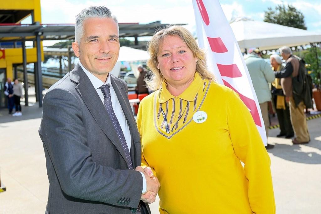 Da sinistra, Paolo Matteucci, Direttore Veicoli Elettrici Nissan_Lotta Good, Store Manager IKEA Anagnina Roma