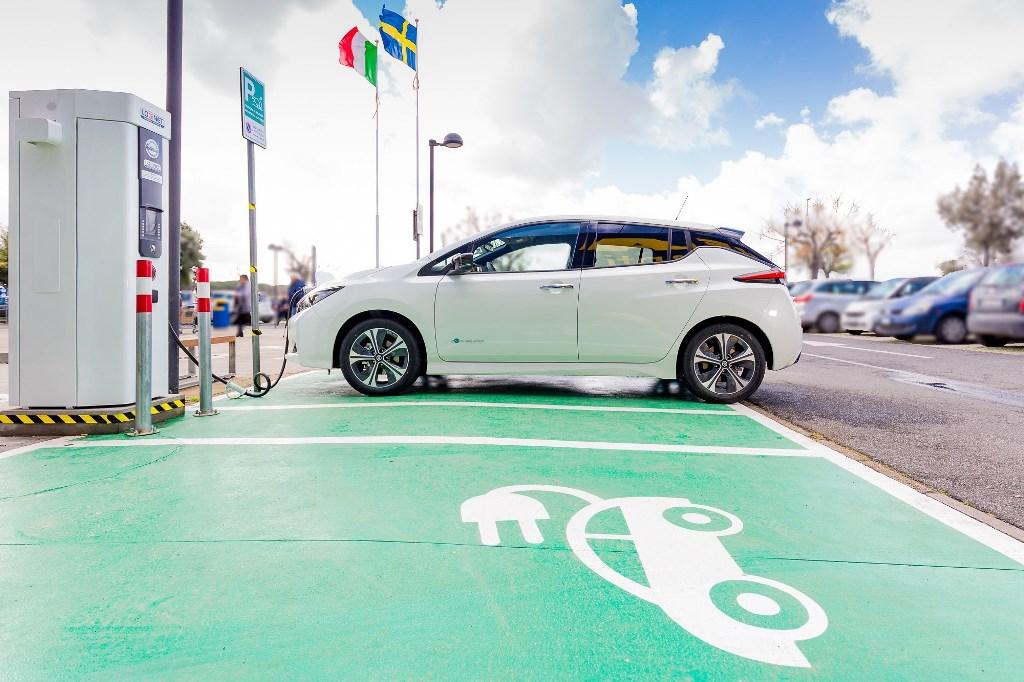 Nissan e IKEA accelerano la mobilità elettrica in Italia