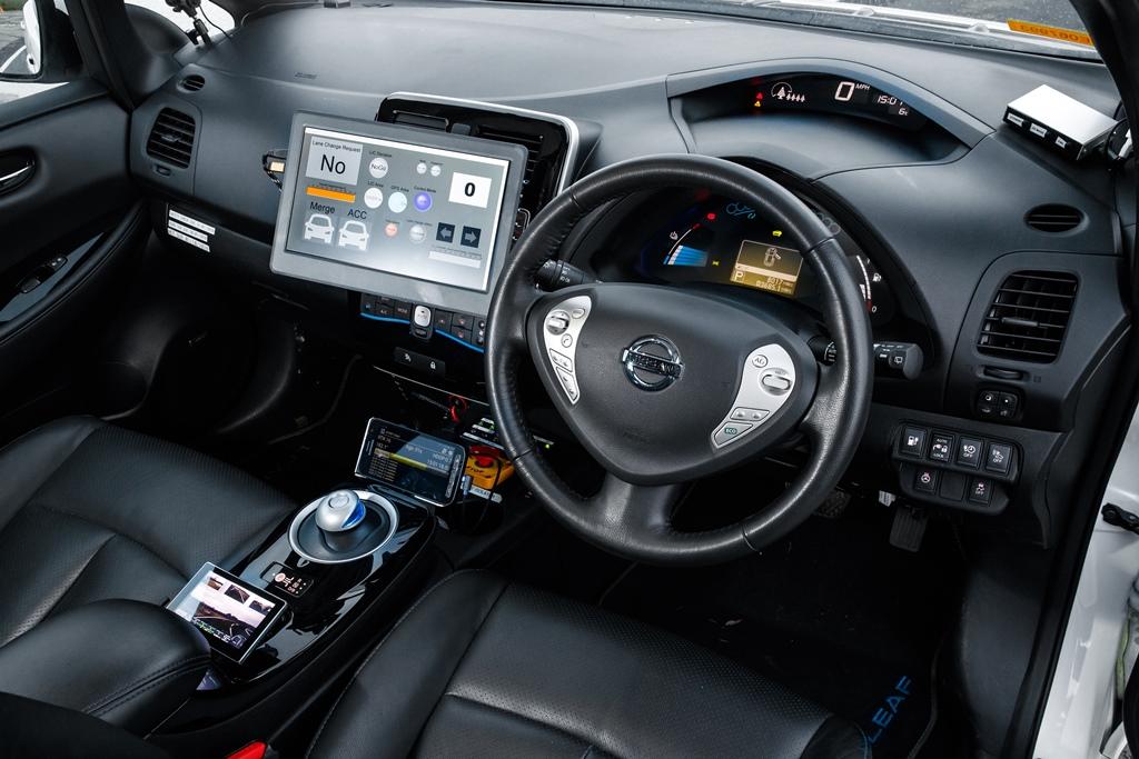 AD-vehicle-interior_1