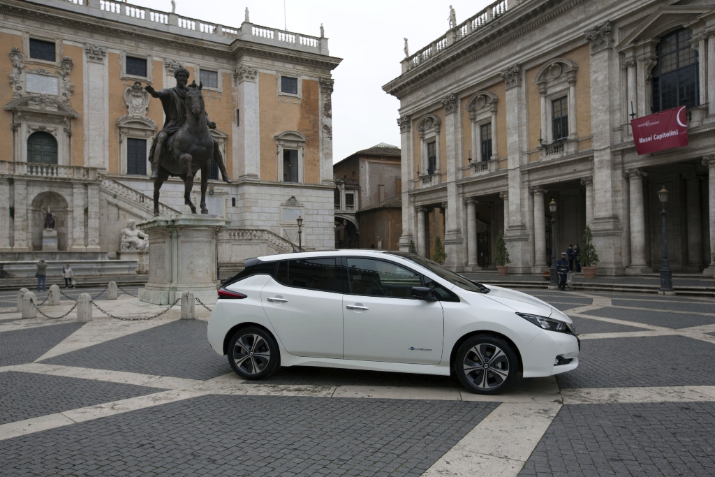 nissan_leaf_campidoglio_electric_motor_news_01