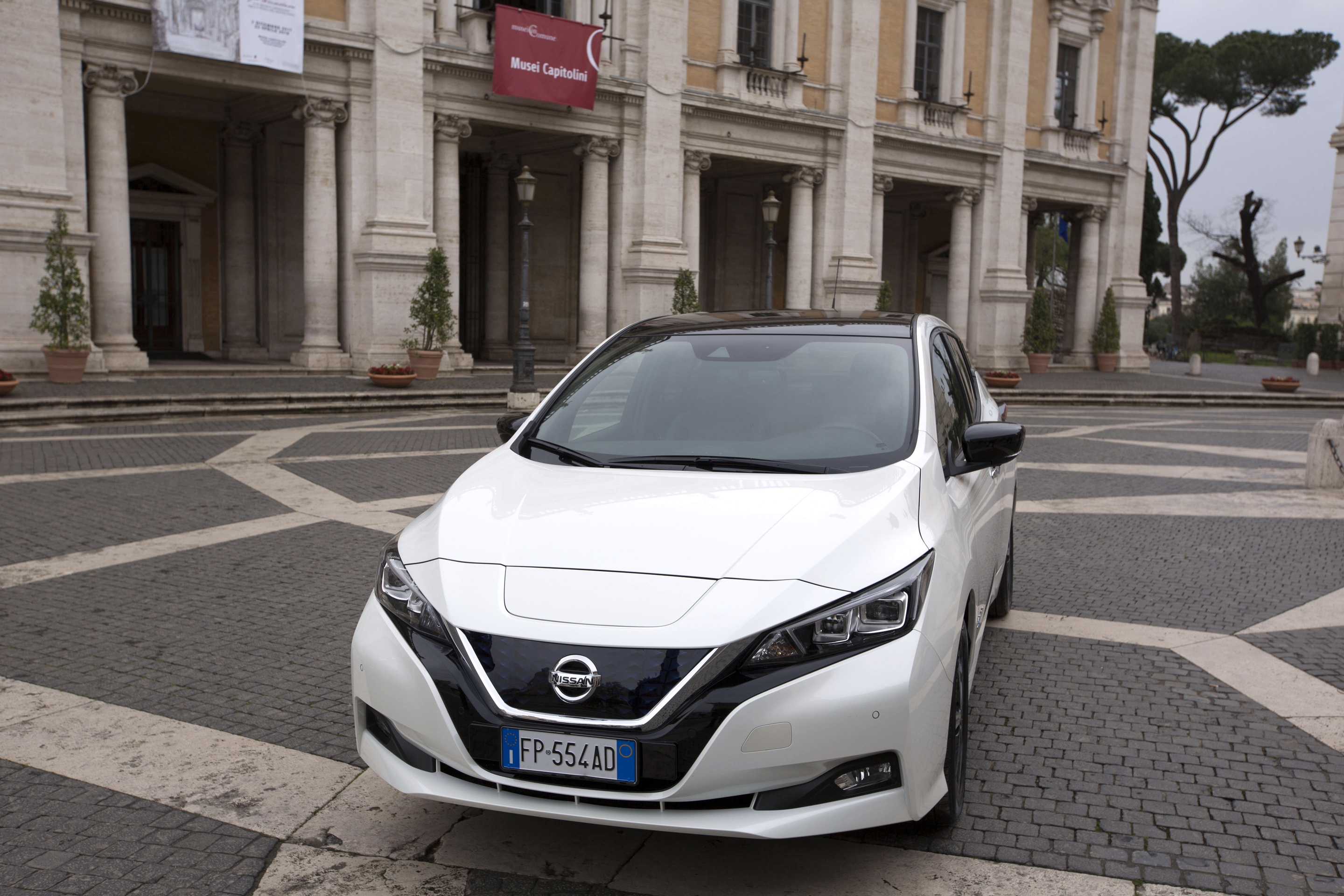 nissan_leaf_campidoglio_electric_motor_news_10