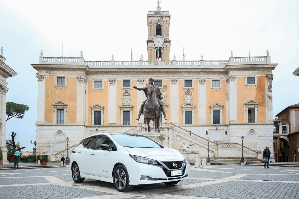 nissan_leaf_campidoglio_electric_motor_news_20
