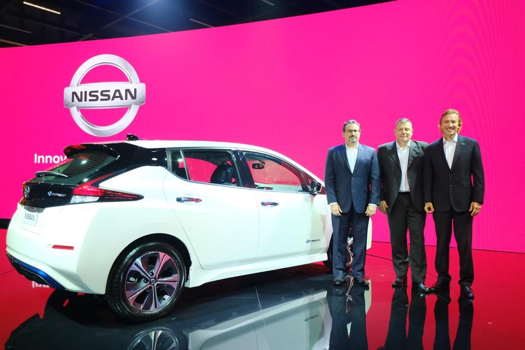 nissan_leaf_salone_san_paolo_electric_motor_news_01
