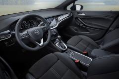 Opel-Astra-Interior-507810