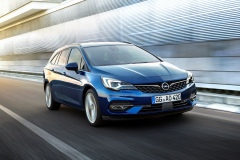 Opel-Astra-Sports-Tourer-507799_1