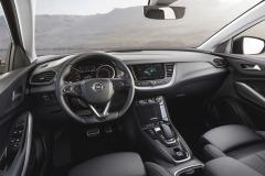 Opel-Grandland-X-Hybrid4-506696_0