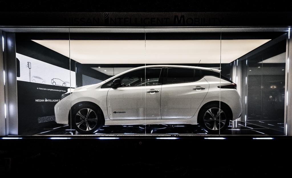 nuova_nissan_leaf_electric_motor_news_11