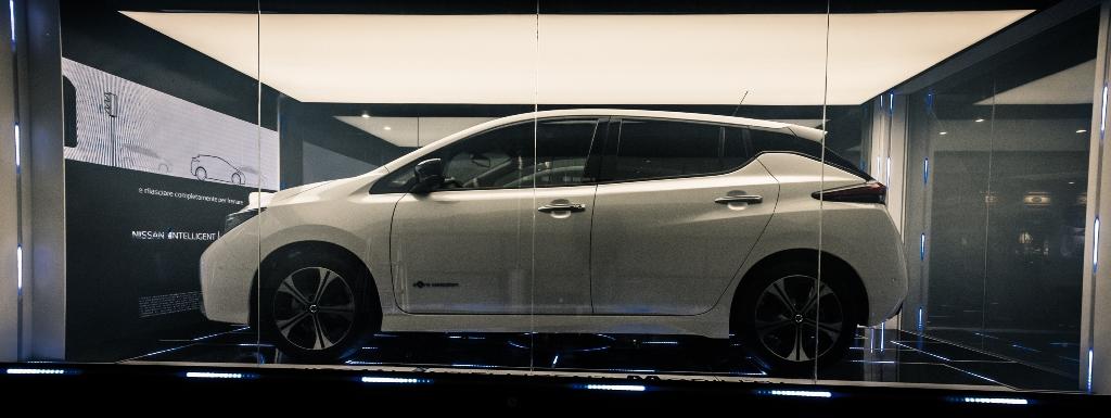 nuova_nissan_leaf_electric_motor_news_12