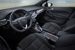 Opel-Astra-Interior-507811