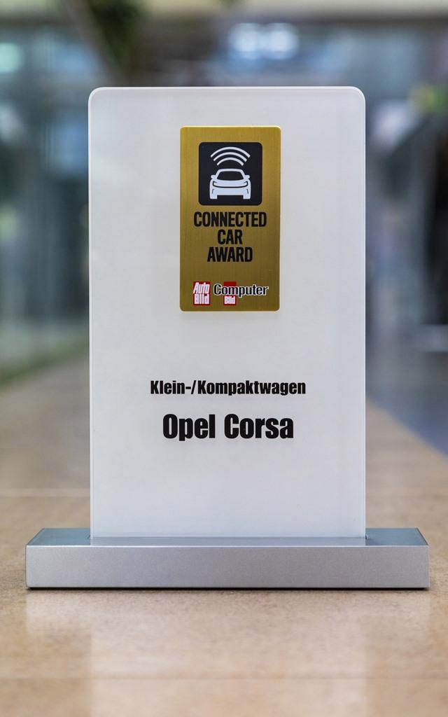 Opel_Connected_Car_Award_05