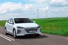 Hyundai_IONIQ_Electric__1_