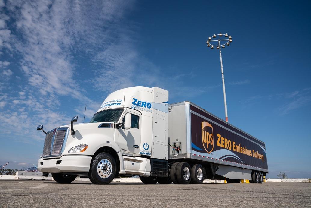 fuel_cell_trucks_toyota_kenworth_electric_motor_news_01