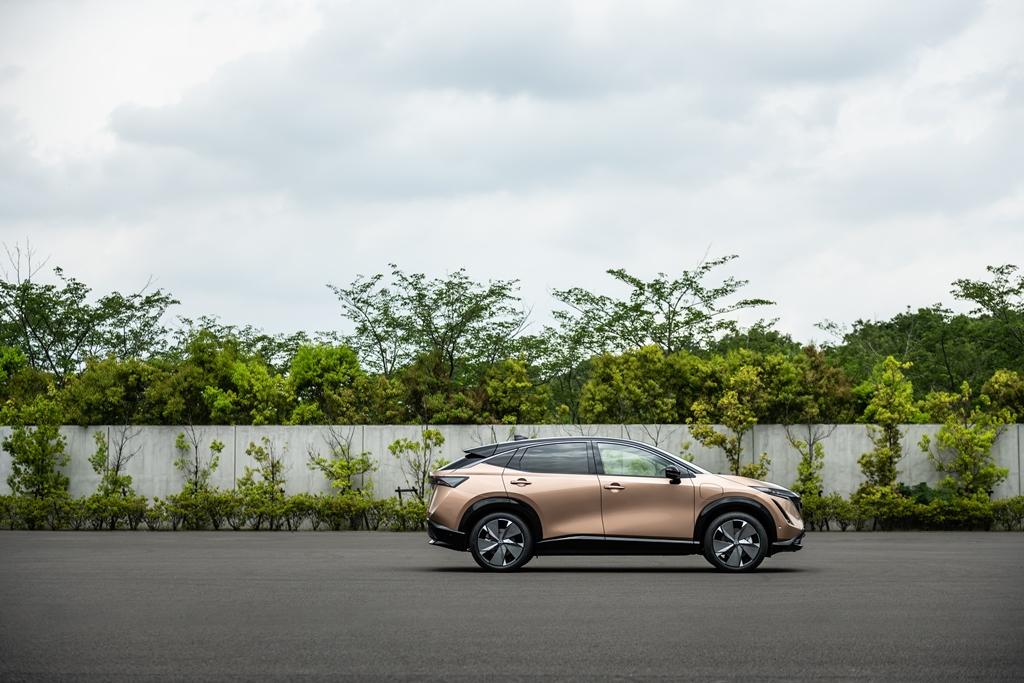 Nissan-Ariya-exterior-side_4