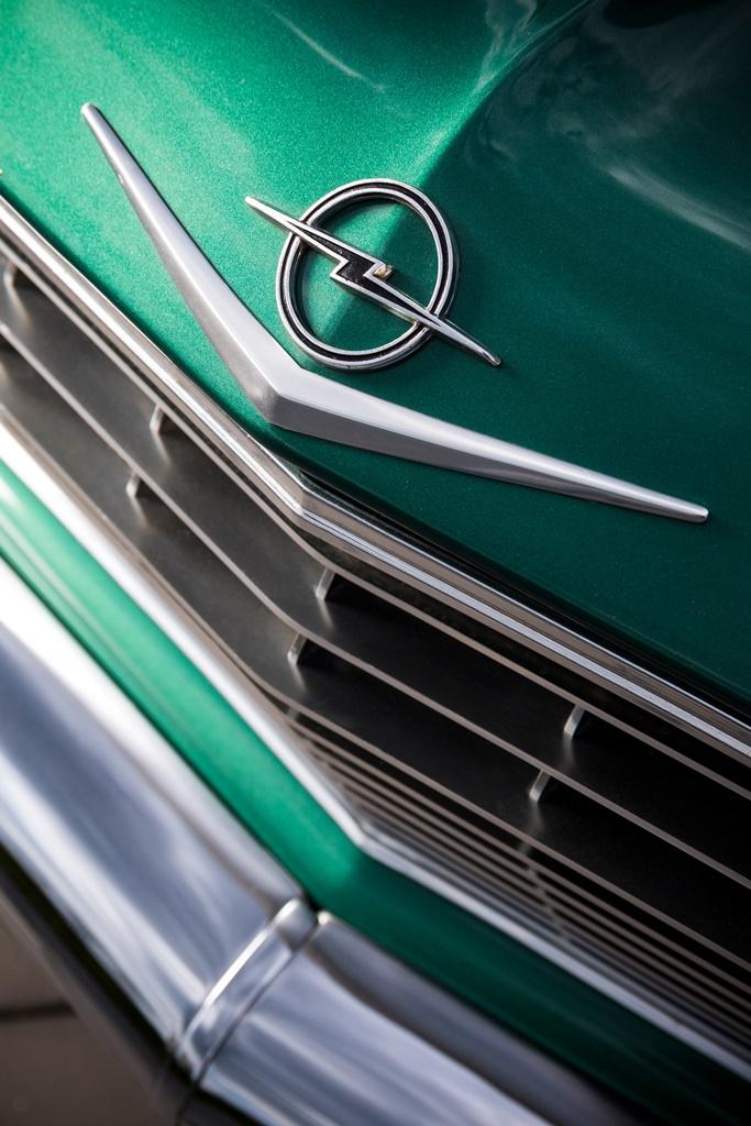 Opel_295606
