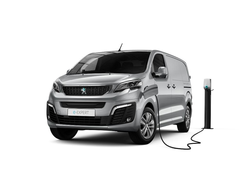 nuovo_peugeot_e-expert_next_gen_van_electric_motor_news_01