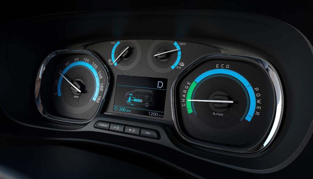 nuovo_peugeot_e-expert_next_gen_van_electric_motor_news_05