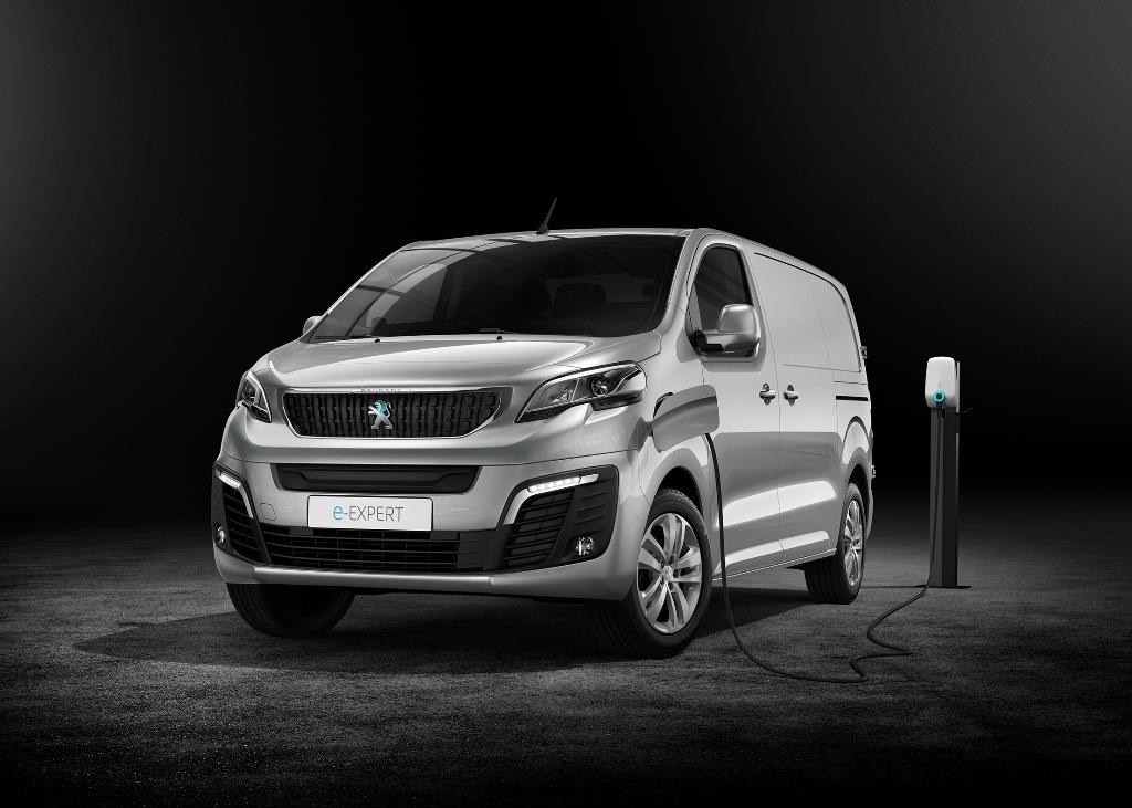 nuovo_peugeot_e-expert_next_gen_van_electric_motor_news_11