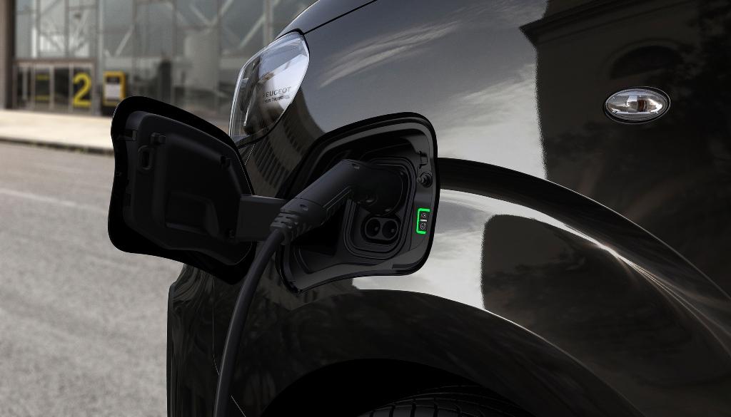 nuovo_peugeot_e_raveller_next_gen_electric_motor_news_21