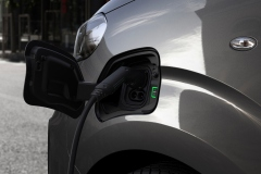 nuovo_peugeot_e_raveller_next_gen_electric_motor_news_05