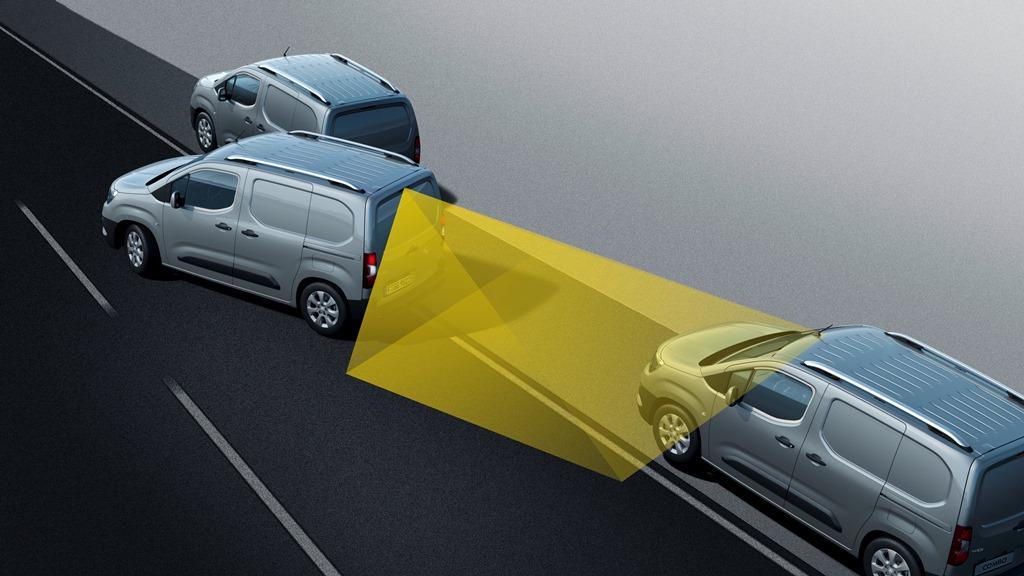 Opel-Combo-Cargo-Park-Assist-504548