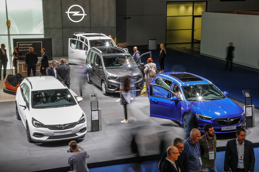 2019-Opel-IAA-Frankfurt-Stand-508729