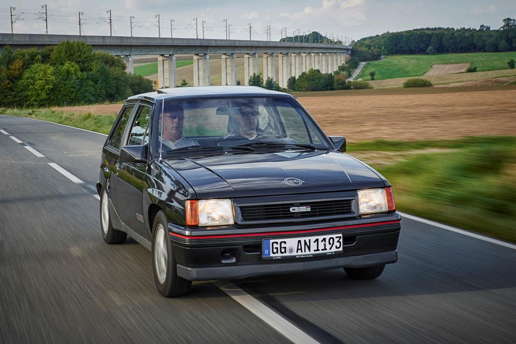 1988-Opel-Corsa-GSi-504890_0
