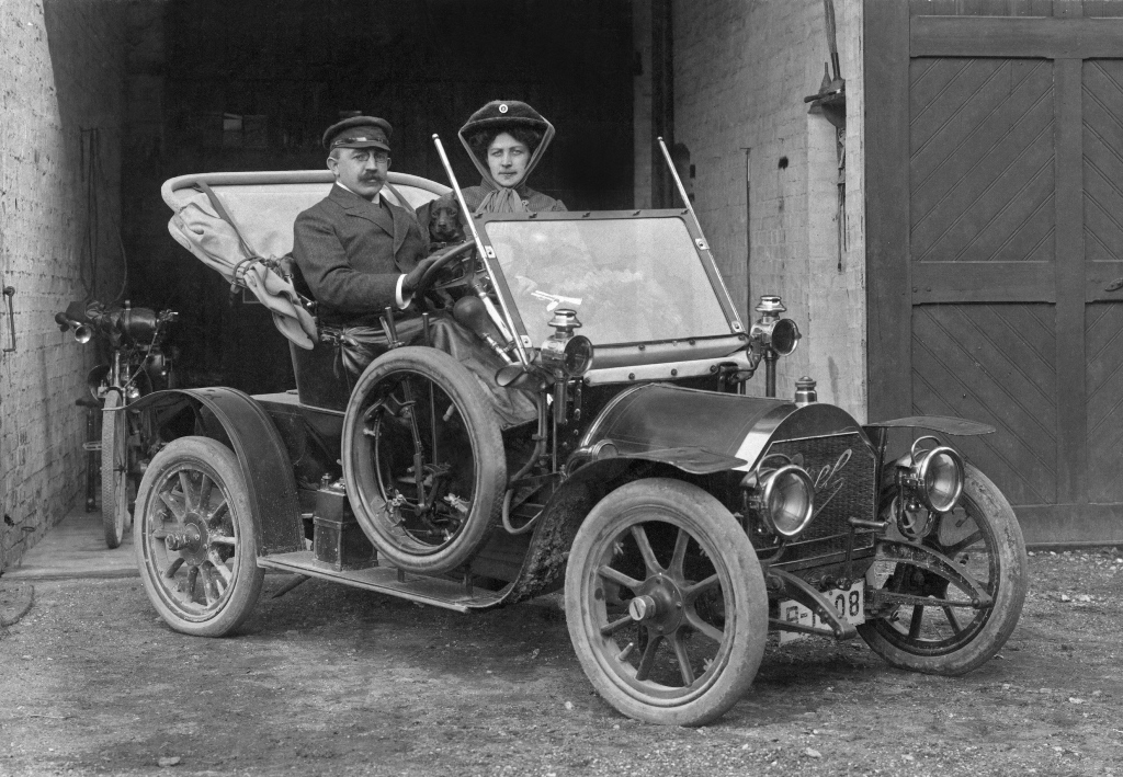 1909-Opel-Doktorwagen-12PS-14932_0