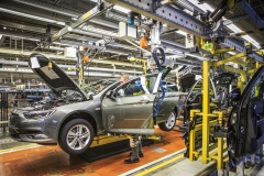 Opel-Insignia-Production-305692_1