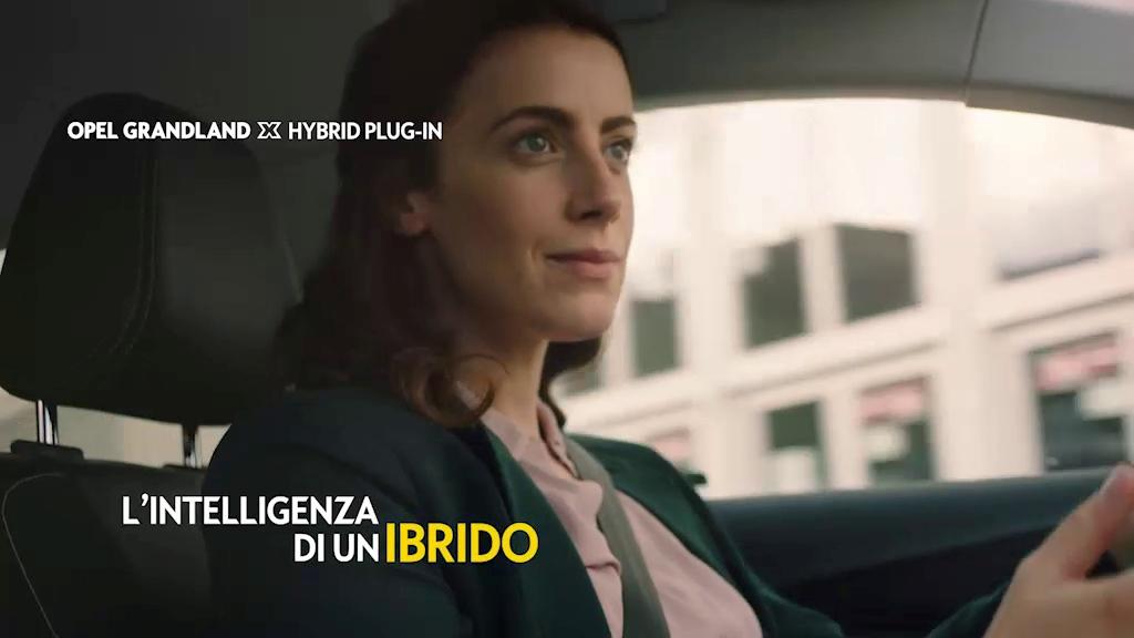 opel_grandland_hybrid4_electric_motor_news_08