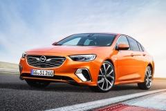 Opel-Insignia-GSi-500321_0