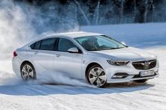 Opel-Insignia-Grand-Sport-502369_0