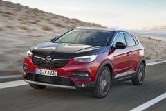 Opel-Grandland-X-Hybrid4-506782_4