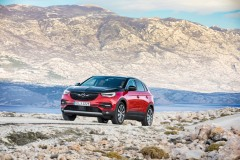opel_grandland_x_electric_motor_news_05