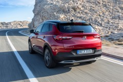 opel_grandland_x_electric_motor_news_07
