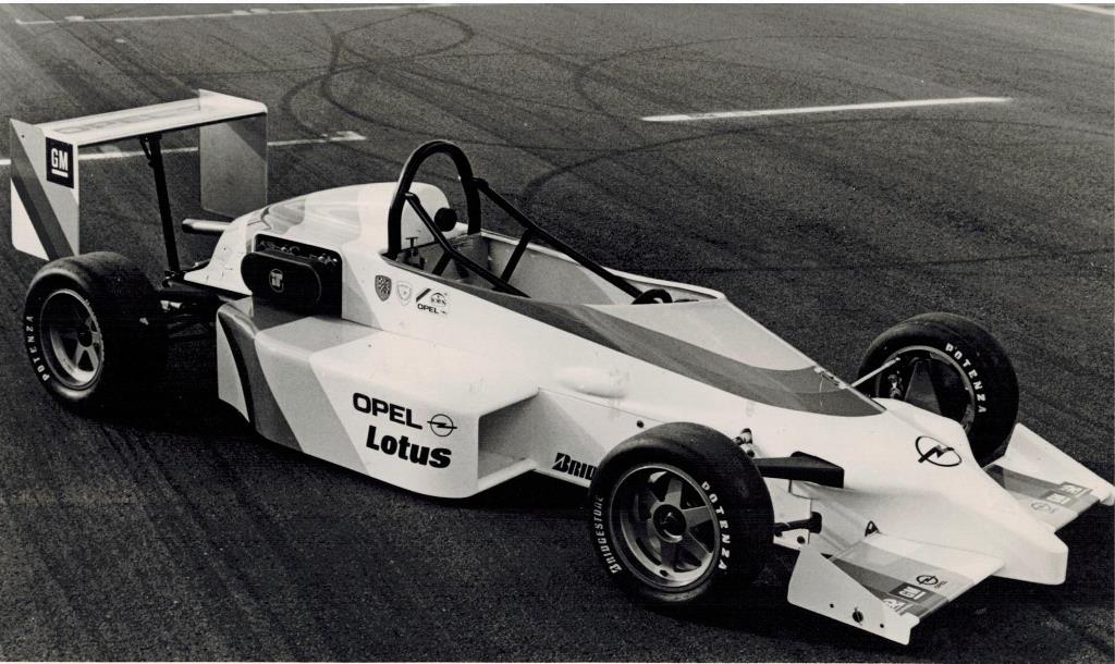 Opel-Formula-Opel-Lotus-511390