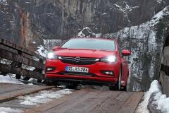 Opel-Astra-303863_1