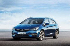 Opel-Astra-Sports-Tourer-507801_2