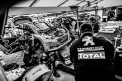 team_peugeot_total_silverstone_02