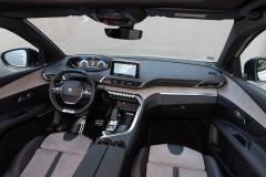 PEUGEOT-SUV-3008-HYBRID4-IBRIDO-PLUG-IN-9