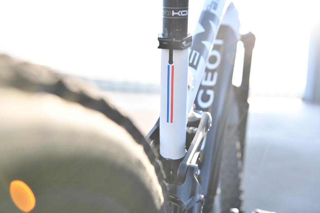 Peugeot_Cycles_Team_eM02_FS_003