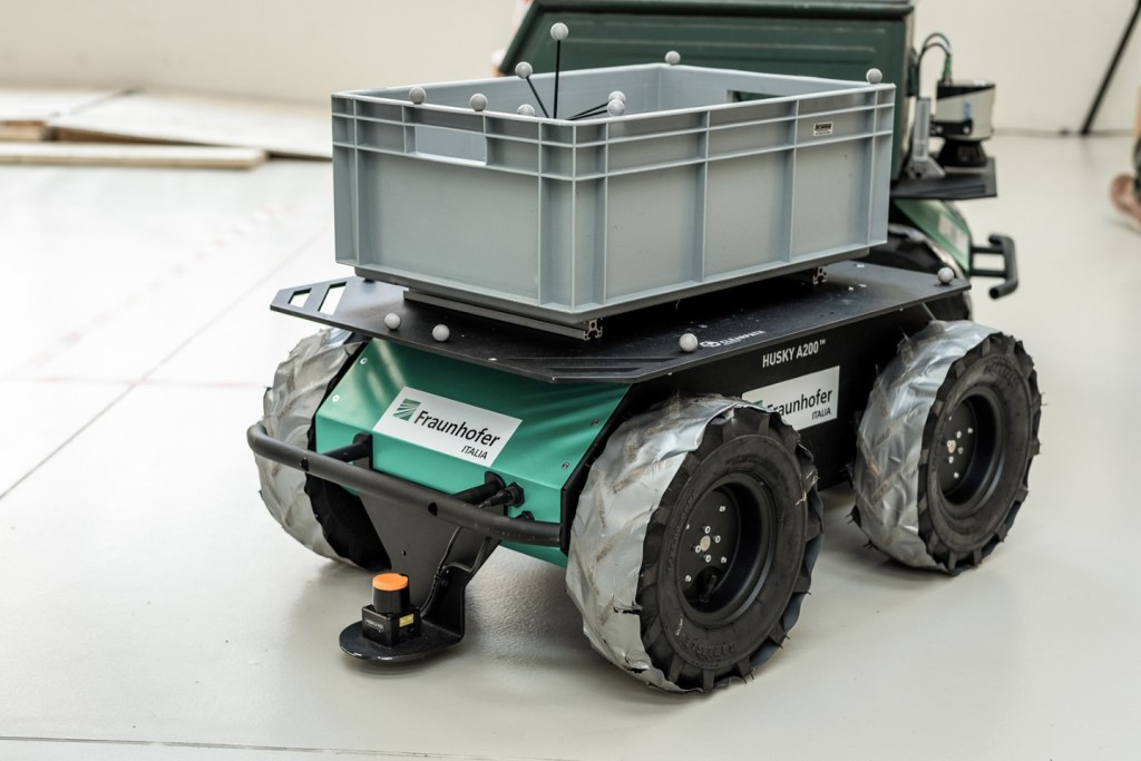 fraunhofer_mobil_robotic_platform_electric_motor_news_02