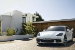 porsche_panamera_hybrid_electric_motor_news