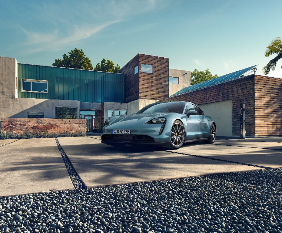 porsche_taycan_4s_electric_motor_news_04