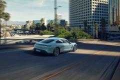 porsche_taycan_4s_electric_motor_news_05