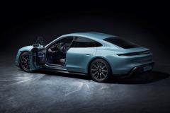 porsche_taycan_4s_electric_motor_news_11